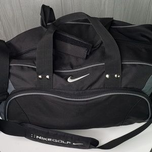 Nike Golf Medium size Duffle Bag, Black and Grey